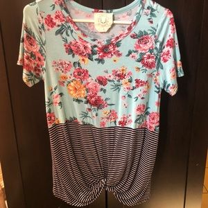 Women's color block top size small